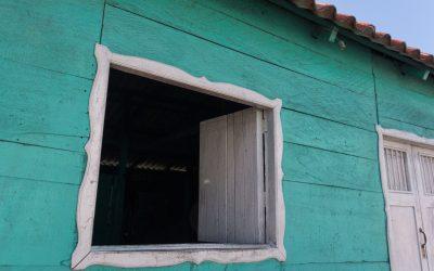 Cuando se cierra una puerta, se abre una ventana.